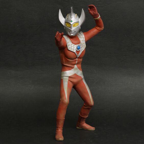 Ultraman Taro fighting color Ver.